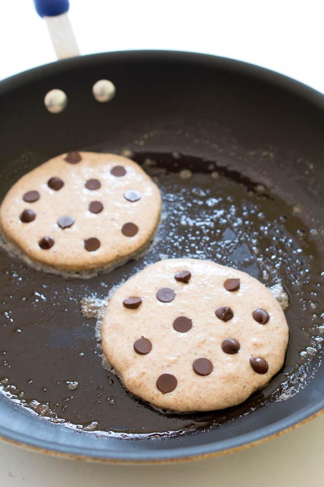 Healthy Chocolate Chip Pancakes | chefsavvy.com